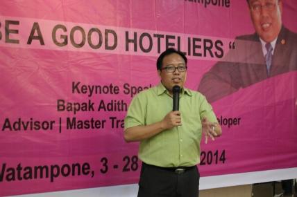Adith RAHARJO, Training Karyawan Novena Hotel Watampone